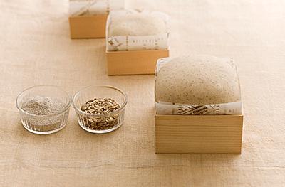 使用例:折箱でパンやケーキを焼く